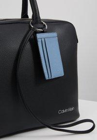 Calvin Klein - DRESSED LAPTOP BAG - Taška na laptop - black - 8