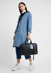 Calvin Klein - DRESSED LAPTOP BAG - Taška na laptop - black - 6
