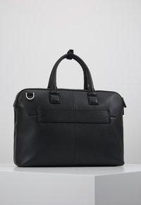 Calvin Klein - DRESSED LAPTOP BAG - Taška na laptop - black - 2