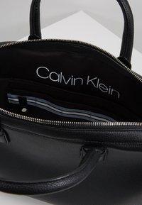 Calvin Klein - DRESSED LAPTOP BAG - Taška na laptop - black - 4