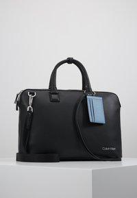 Calvin Klein - DRESSED LAPTOP BAG - Taška na laptop - black - 0