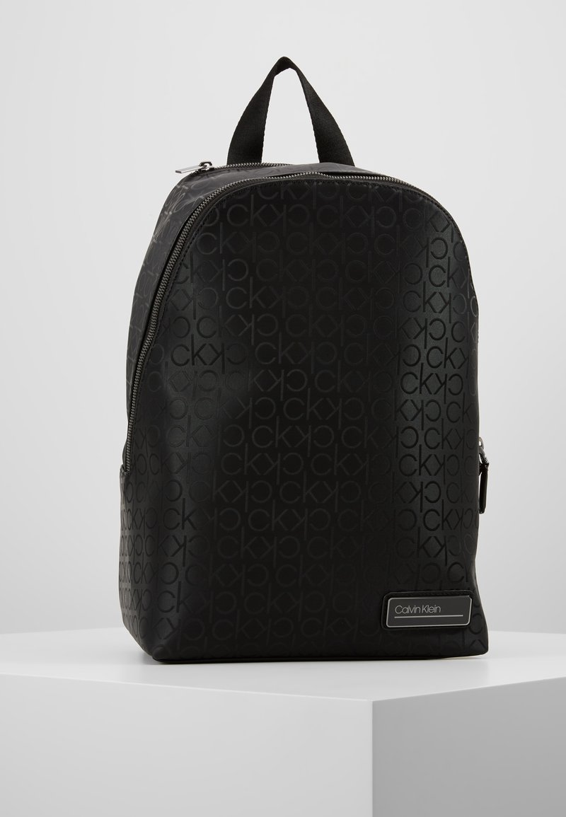 Calvin Klein - INDUSTRIAL MONO ROUND BACKPACK - Ryggsekk - black