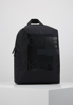 LAYERED  ROUND BACKPACK - Rucksack - black