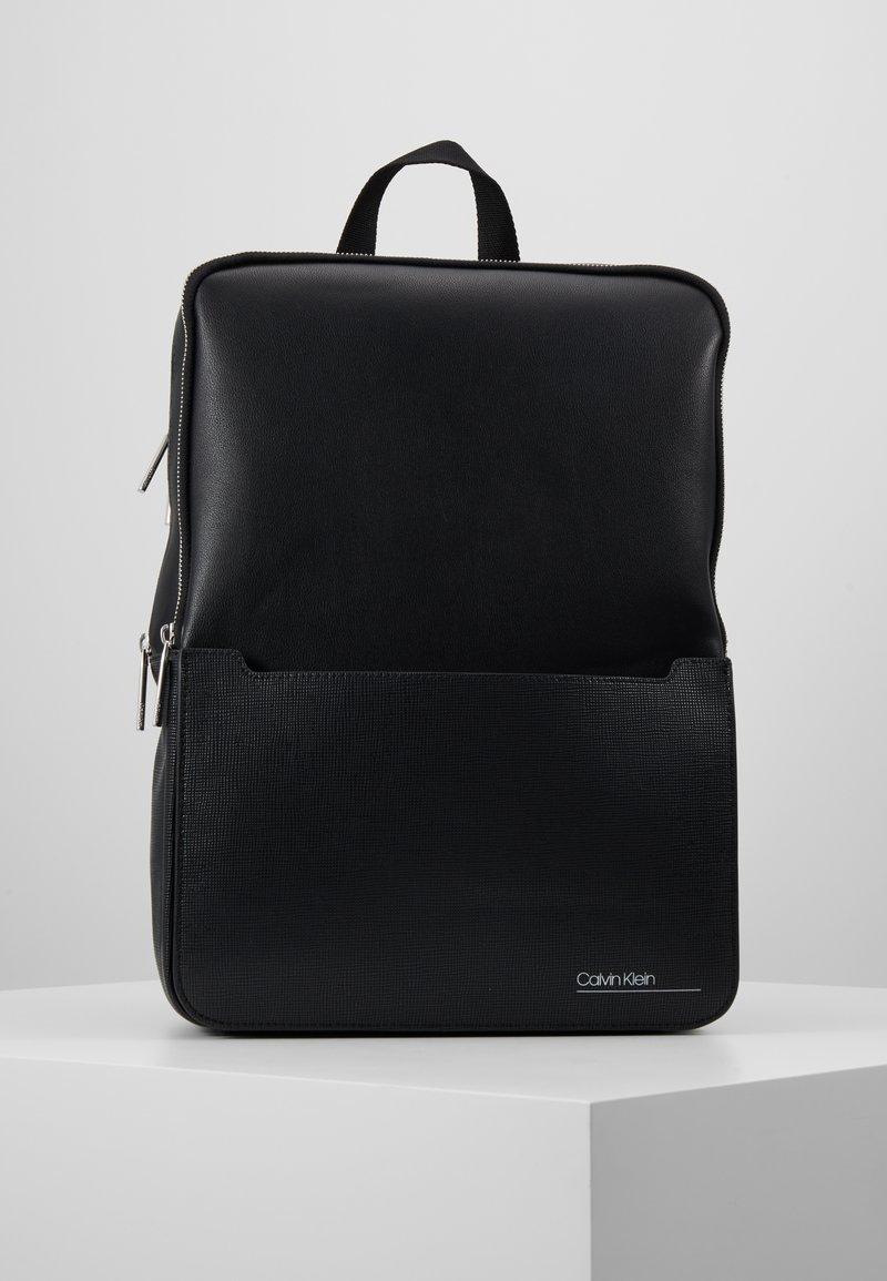 Calvin Klein - SLIVERED 3G SQUARE BACKPACK - Mochila - black
