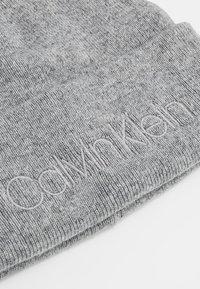 Calvin Klein - CASUAL BEANIE - Čepice - grey - 4