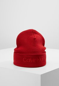 Calvin Klein - CASUAL BEANIE - Bonnet - red - 0