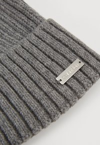 Calvin Klein - BASIC BEANIE - Bonnet - grey - 5