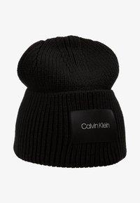Calvin Klein - FOLD BEANIE - Čepice - black - 4