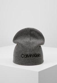 Calvin Klein - CLASSIC BEANIE - Bonnet - grey - 0