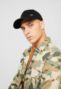 Calvin Klein - SIDE LOGO - Cap - black - 1