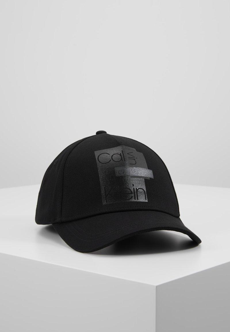 Calvin Klein - LAYERED LOGO - Kšiltovka - black
