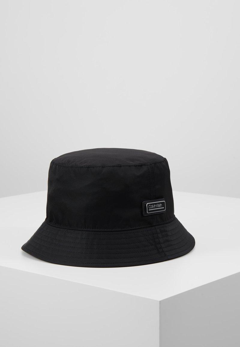 Calvin Klein - PRIMARY BUCKET HAT - Hat - black