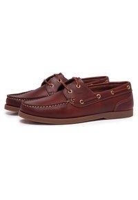 Castellanisimos - Chaussures bateau - brown - 1
