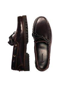 Son Castellanisimos - Chaussures bateau - brown - 1