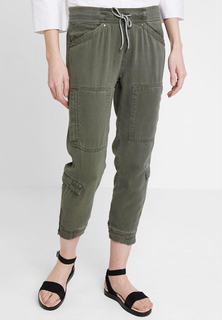 Freeman T. Porter - SWEET TOBS - Pantalones - beetle