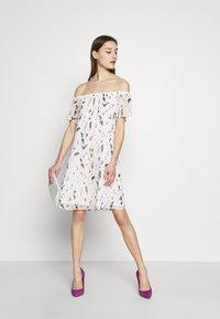Freeman T. Porter - RAMYA - Denní šaty - original - 1
