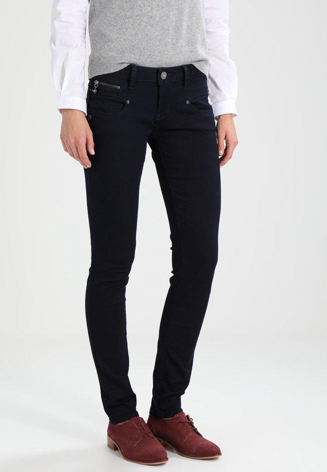 ALEXA - Jeans slim fit - flora
