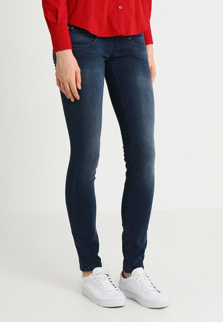 Freeman T. Porter - ALEXA  - Slim fit jeans - fetrol