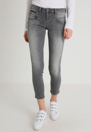 ALEXA CROPPED - Jeans Skinny - freyness