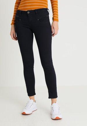 ALEXA CROPPED - Skinny džíny - flora