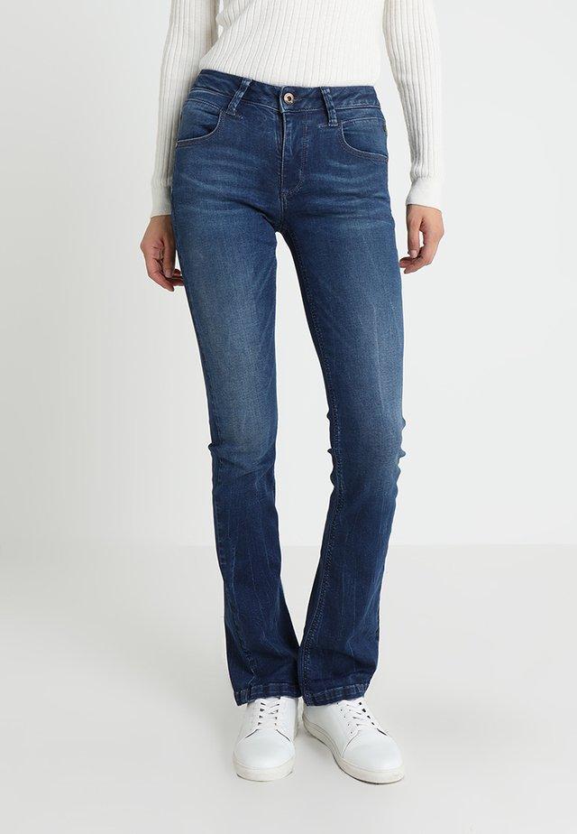 Jeans Bootcut - findigo