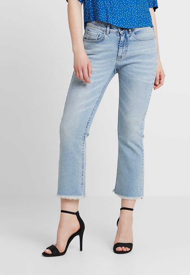 MAELLE - Flared Jeans - eldorado