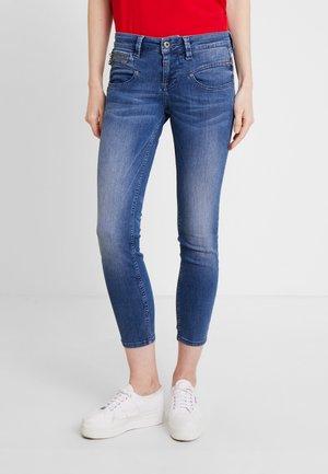 ALEXA CROPPED - Jeans Skinny - camden