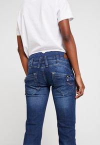 Freeman T. Porter - AMELIE - Straight leg jeans - morano - 4