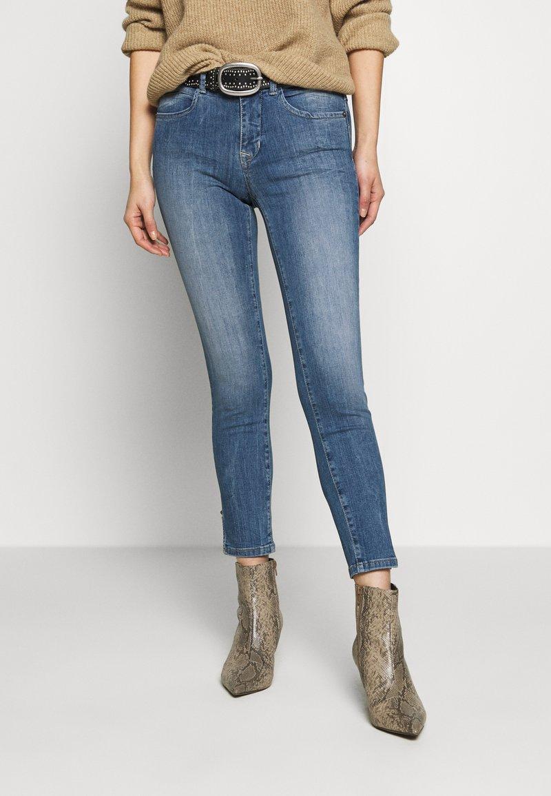 Freeman T. Porter - NATALY - Jeans Skinny - feliz