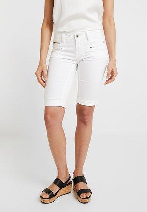 BELIXA - Szorty - bright white