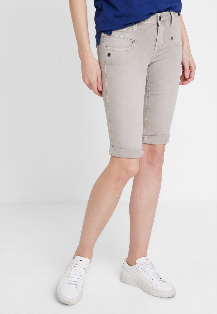 Freeman T. Porter - BELIXA - Denim shorts - washed mokka