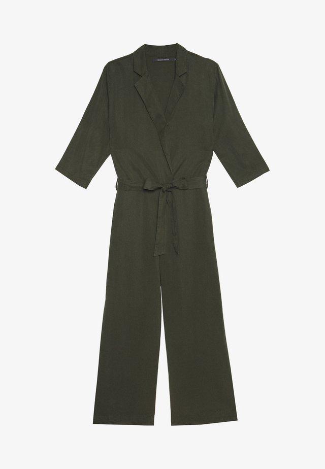 LOANA INAYA - Overall / Jumpsuit - green