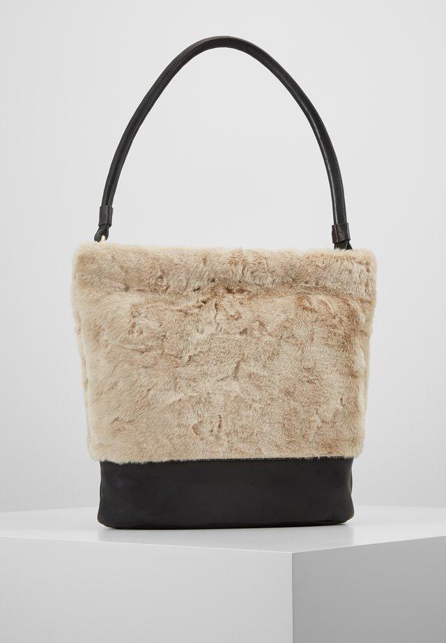 MAGASA - Käsilaukku - offwhite