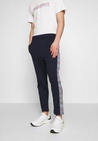 Missoni - TROUSERS - Pantalones deportivos - dark blue - 0