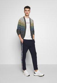 Missoni - TROUSERS - Pantalones deportivos - dark blue - 1