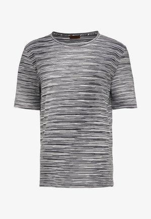 SHORT SLEEVE - T-shirts med print - black
