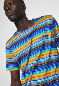 Missoni - SHORT SLEEVE - Camiseta estampada - multi-coloured/blue - 3