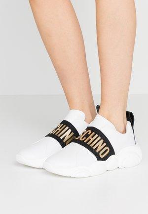 Scarpe senza lacci - bianco