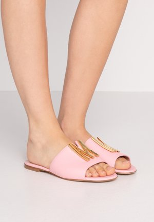 Pantofle - rosa