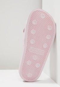 MOSCHINO - Pantofle - sprint rosa - 5