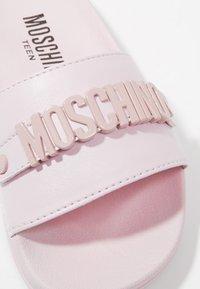 MOSCHINO - Pantofle - sprint rosa - 2