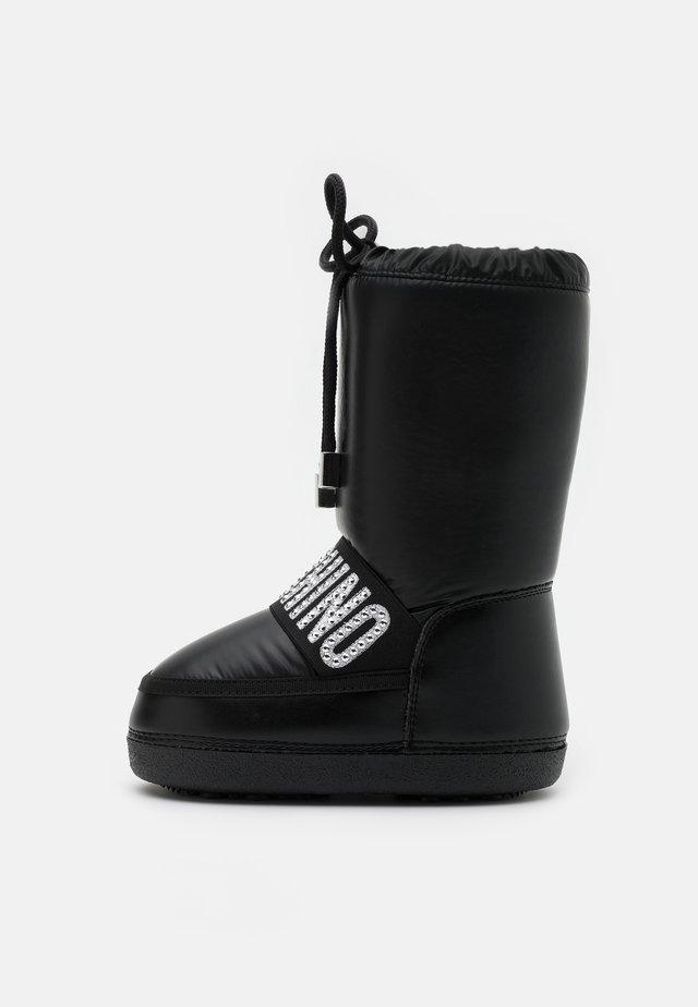 Snowboot/Winterstiefel - black