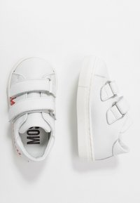 MOSCHINO - Sneakers - white - 0