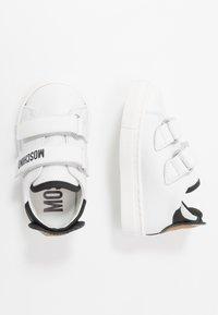 MOSCHINO - Trainers - white - 0