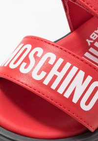 MOSCHINO - Sandales - red