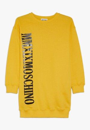 DRESS - Robe en jersey - dark yellow