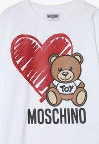 MOSCHINO - Pitkähihainen paita - optic white - 3