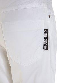 MOSCHINO - Shortsit - bianco ottico - 3
