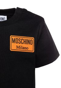 MOSCHINO - Print T-shirt - black - 2