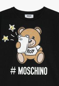 MOSCHINO - MAXI - Printtipaita - nero/black - 3